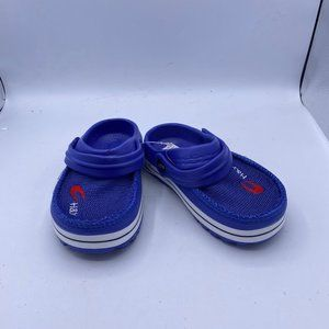 blue mesh breathable sports shoes
